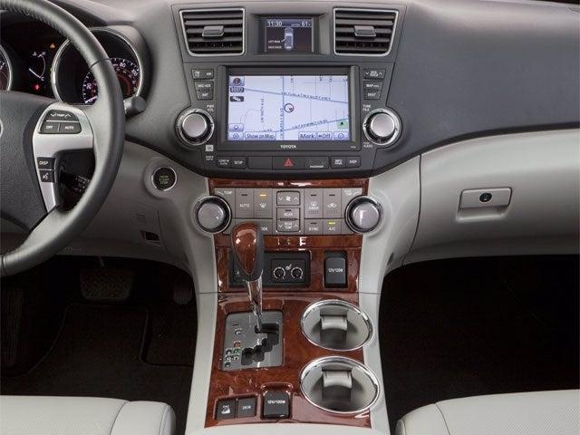 shown image api model toyota door suv ratings v year iihs vehicle highlander