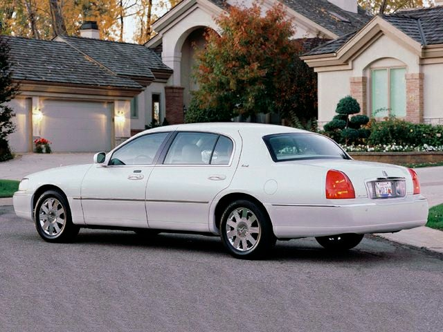 2003 Lincoln Town Car 4dr Sdn Executive In Raleigh Nc Leith Volkswagen
